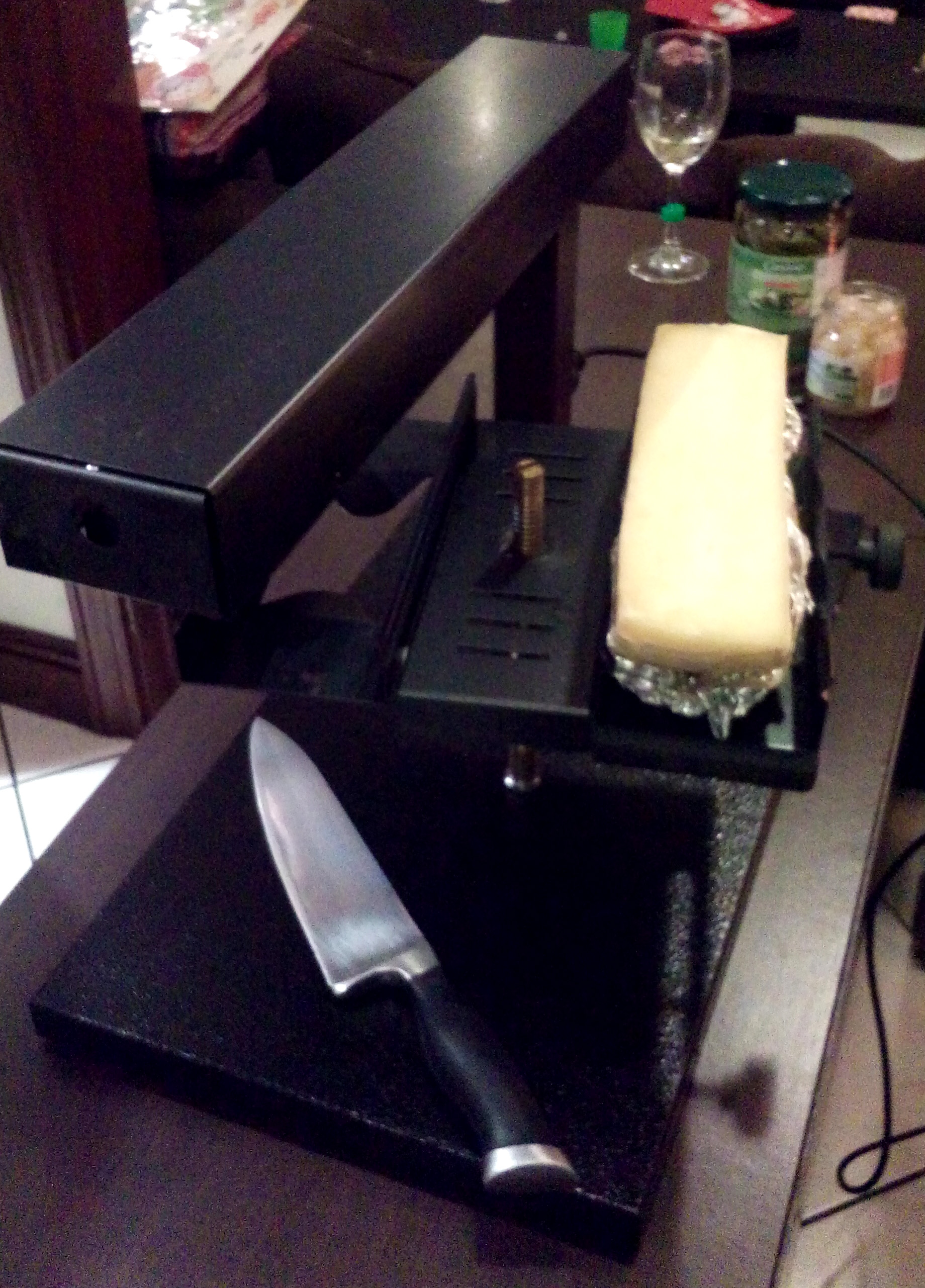 The raclette grill