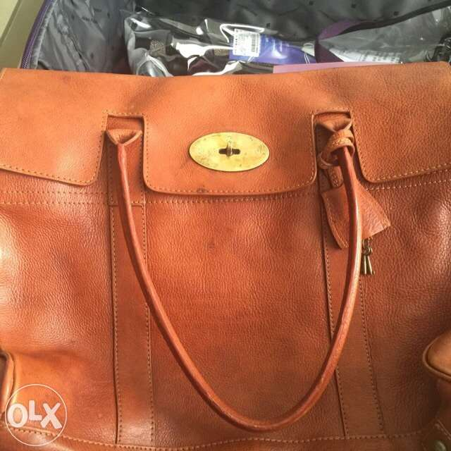 What is 'supposed to be' Mulberry bag in Oak Darwin