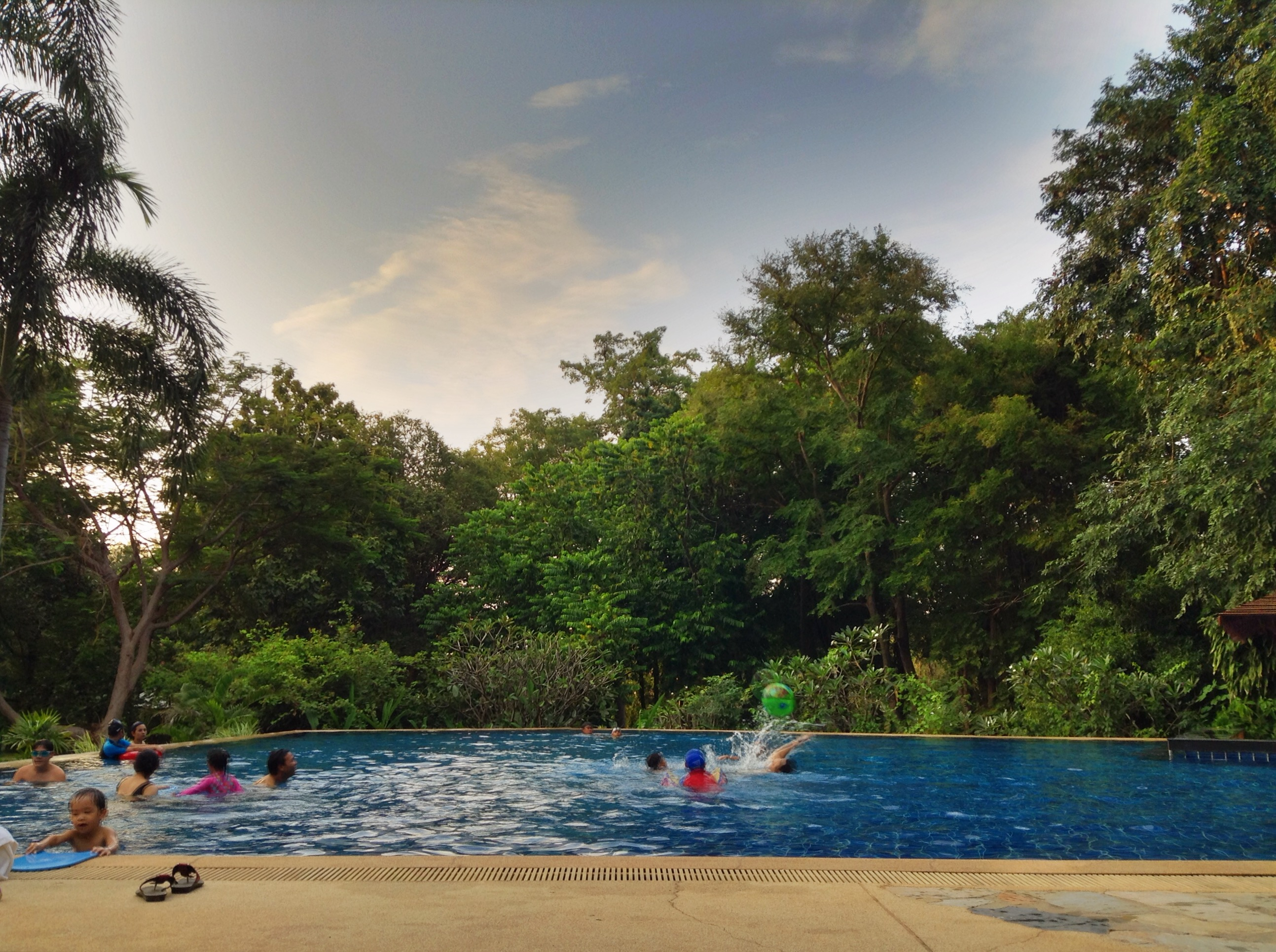 The pool at Comsaed