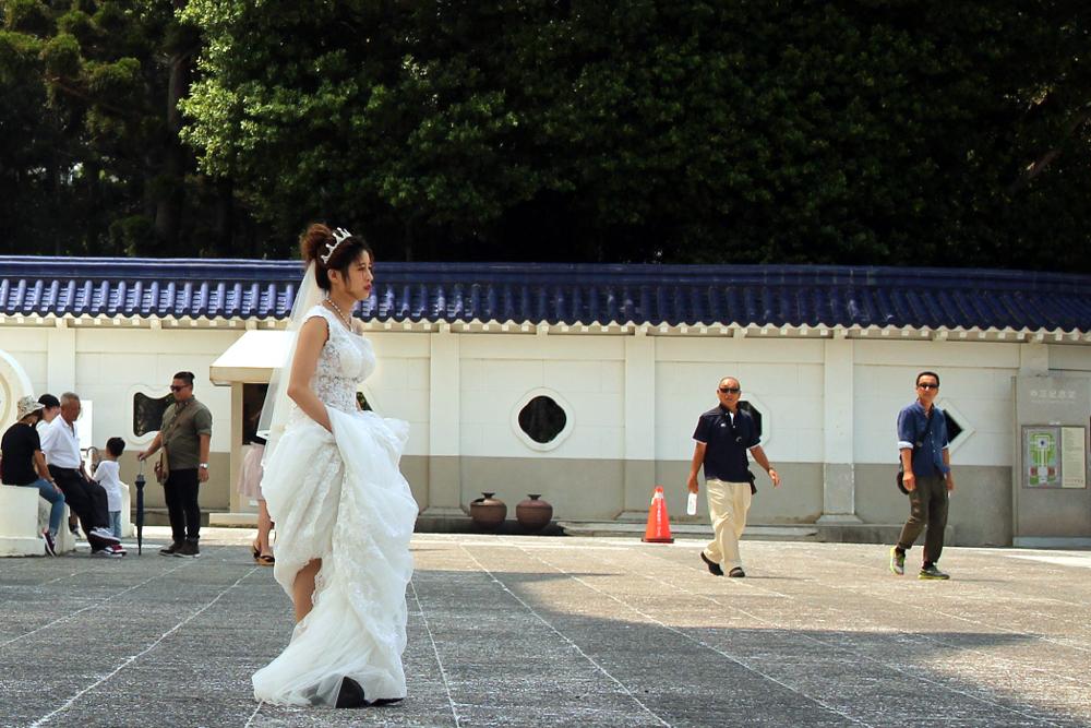 A bride's wedding photoshoot