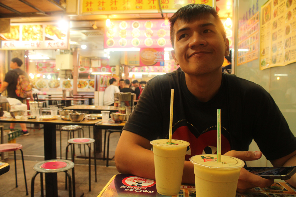 027 We settled at this market food court