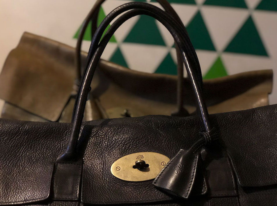 Details of the Mulberry Piccadilly's postman's lock